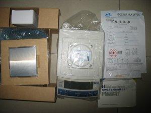 日本岛津UW620H 电子天平